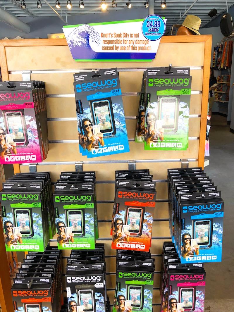 Where to buy waterproof phone cases at Knott's Soak City in Buena Park, CA - livingmividaloca.com - #LivingMiVidaLoca #KnottsSoakCity #KnottsBerryFarm #BuenaPark
