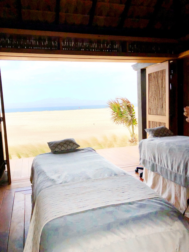 Rancho San Lucas spa offers luxurious spa treatments and dining by the ocean in Los Cabos. - livingmividaloca.com - #livingmividaloca #loscabos #gnomads #solmarresorts