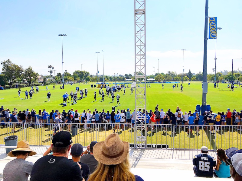 Five things you need to know before visiting the Chargers training camp in Costa Mesa - livingmividaloca.com - #livingmividaloca