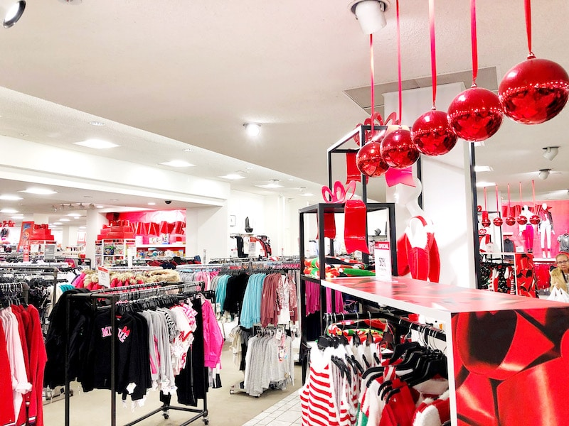 Best Macy's deals and I surprise someone with $100 to spend at Macy's! - LivingMiVIdaLoca.com