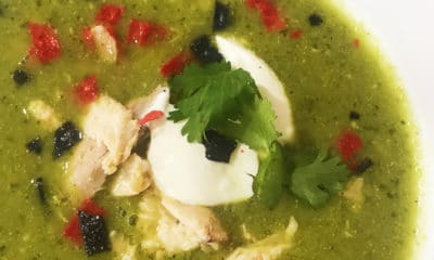 chicken avocado soup recipe - livingmividaloca.com