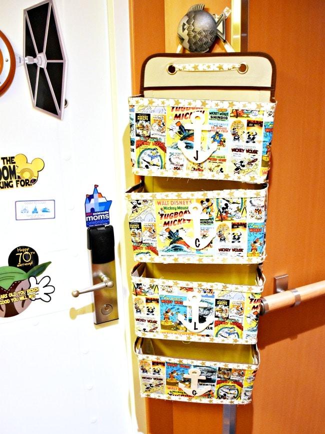 Fish extenders and door magnets on a Disney Cruise to Castaway Cay - livingmividaloca.com