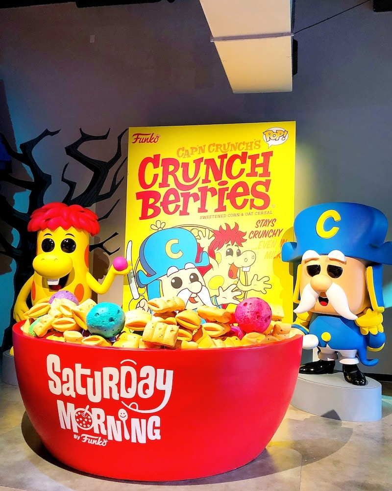 Captain Crunch cereal photo opp at Funko Hollywood store - livingmividaloca.com