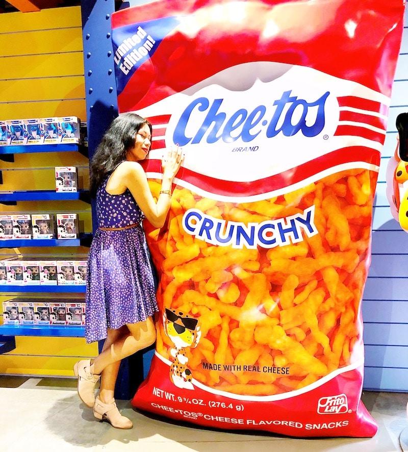 Huge bag of Cheetos at Funko Hollywood store - livingmividaloca.com
