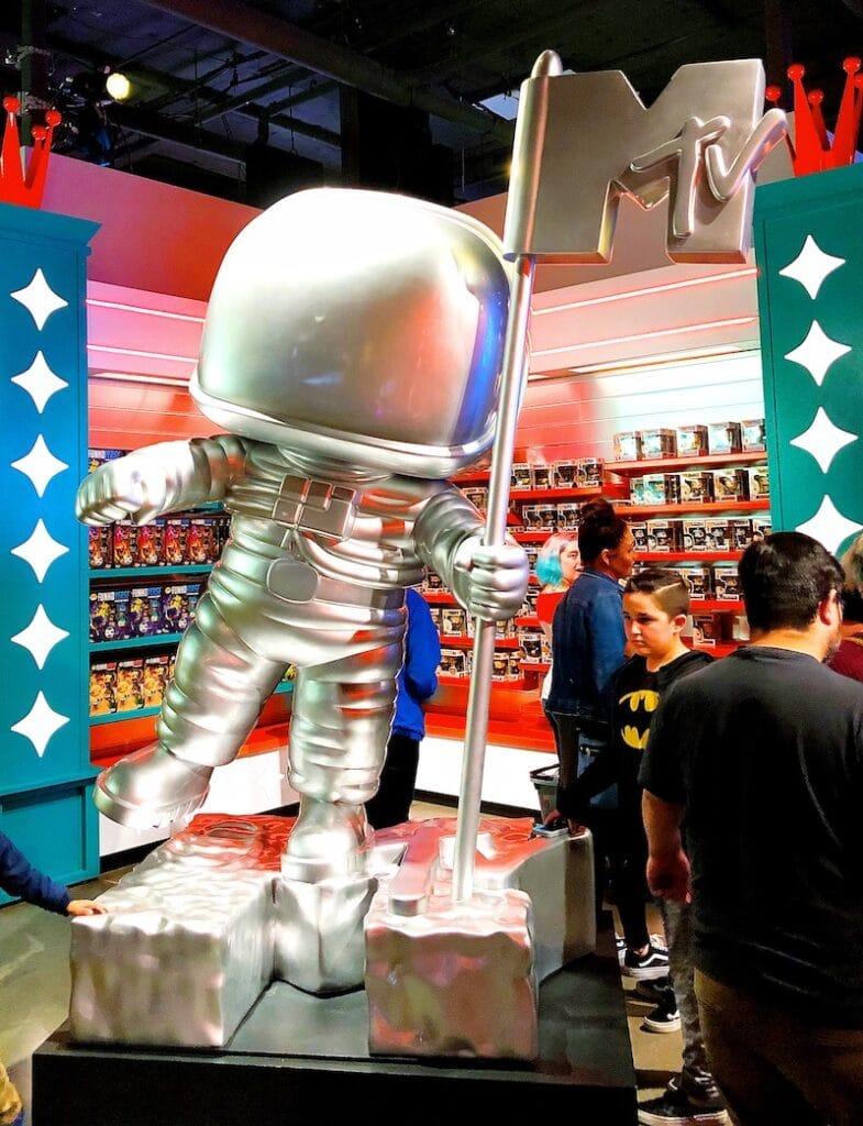 MTV spaceman POP statue at Funko Hollywood store - livingmividaloca.com