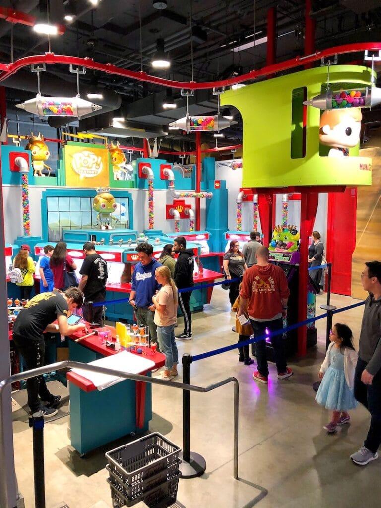 Funko POP factory at Funko Hollywood store - livingmividaloca.com