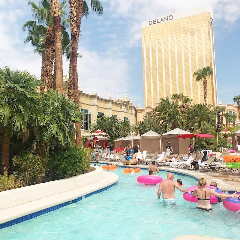 Las Vegas for kids - a road trip idea - livingmividaloca.com