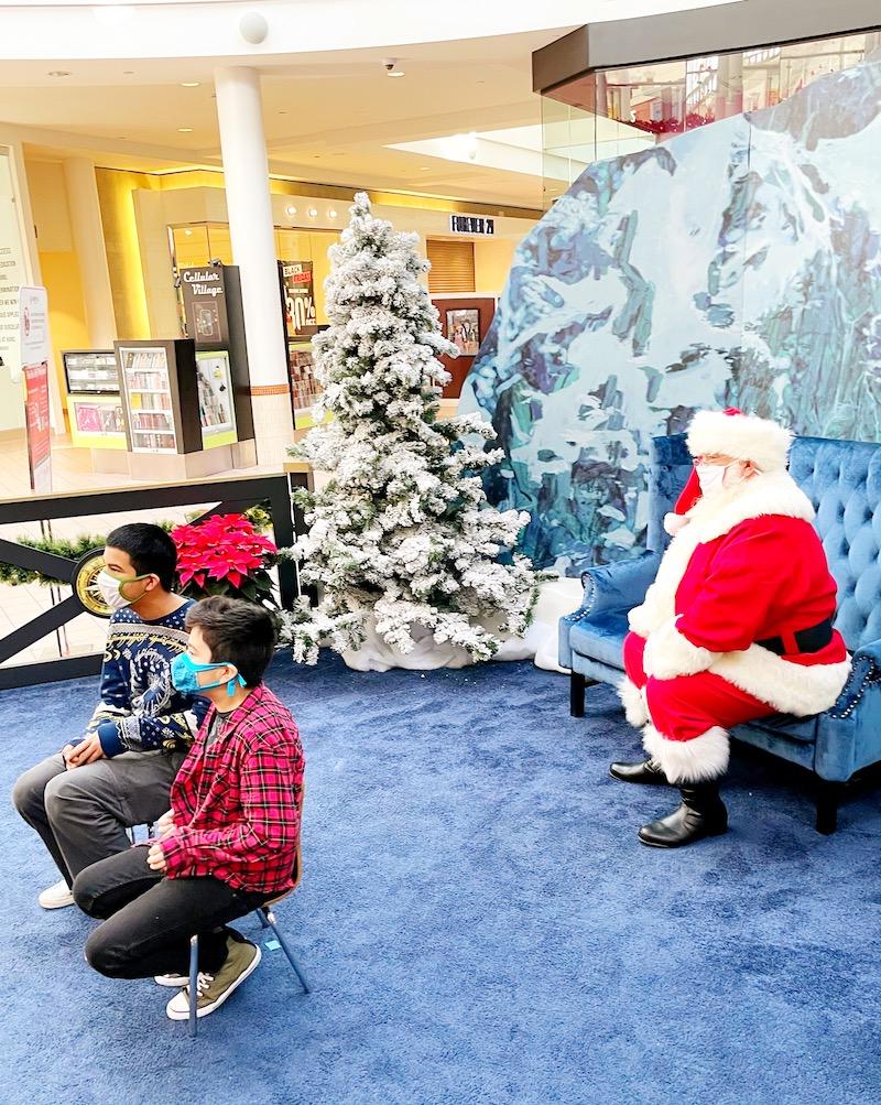 Visit with Santa at MainPlace Mall at The Polar Express set. | LivingMiVidaLoca.com