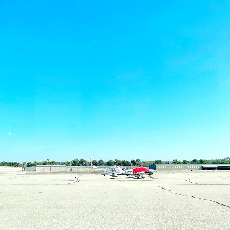 Wings Cafe at Fullerton Airport - livingmividaloca.com