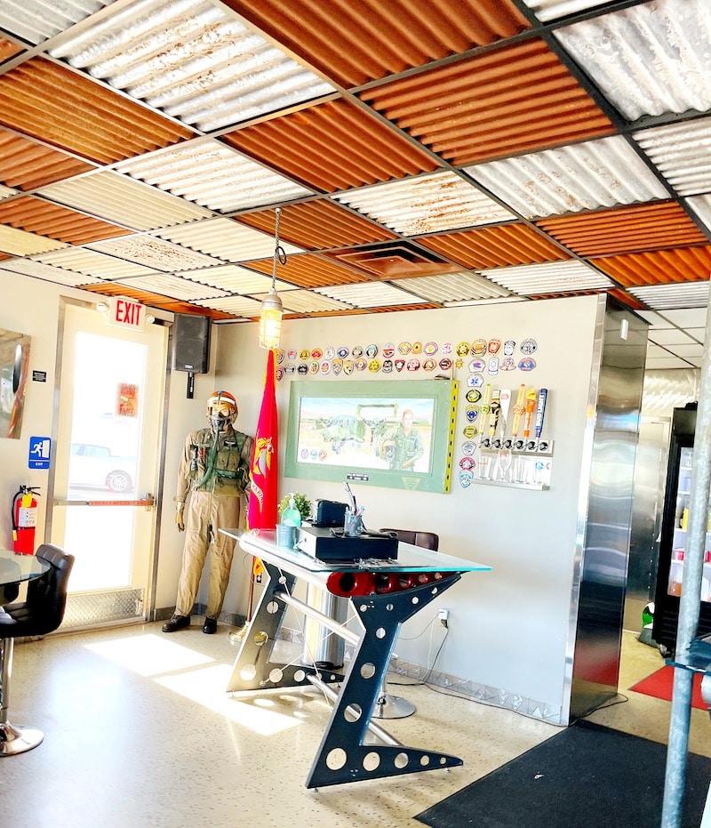 Inside the Wings Cafe at Fullerton Airport - livingmividaloca.com
